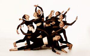 Крутая школа танцев